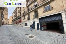 Plaza de garaje. Calle Palominos. Salamanca.